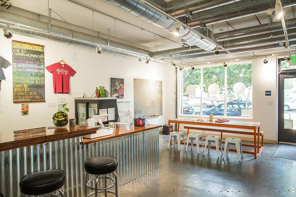 Inside view of the Sacramento Brew Bar.